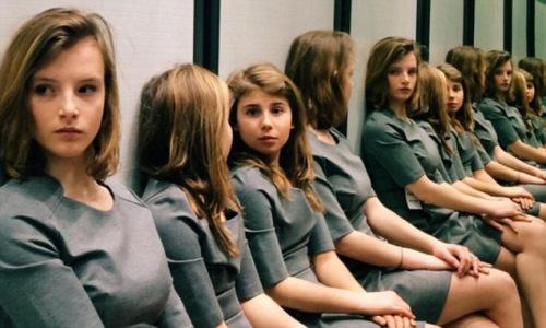 照片中到底有几个女孩 你的眼睛被骗了吗