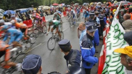 恐怖威胁不减法将派特种部队保卫环法自行车赛