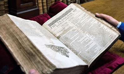 出版界的圣杯:莎翁《第一对开本》拍卖187万英镑