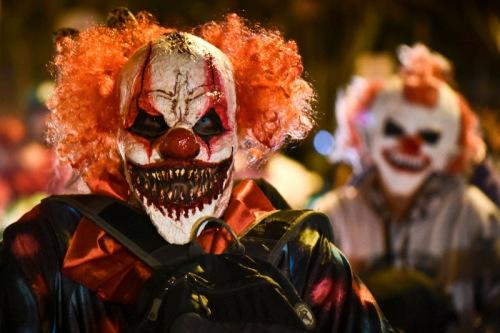 """欧美遭""""恐怖小丑""""肆虐今年万圣节不再流行小丑"""