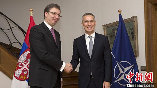 塞尔维亚总理造访北约总部
