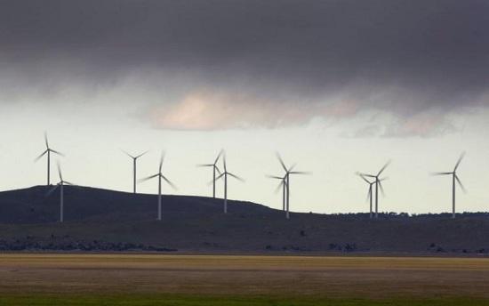 全球首例:荷兰火车全部采用风力发电驱动