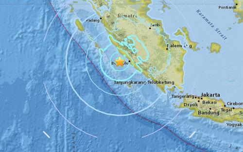 印尼苏门答腊岛附近发生6.4级地震暂无伤亡消息