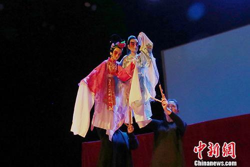 河南木偶剧团于美国休斯敦举行艺术展演