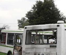 莫斯科公交车与卡车相撞 十余人受伤