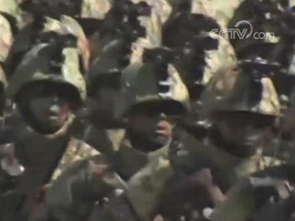 朝鲜国庆70周年阅兵 精锐部队和英雄方阵接受检阅