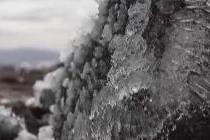 冰岛纪念因全球变暖而消失的第一座冰川