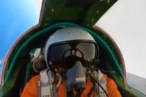 俄新型战机空中对抗演练
