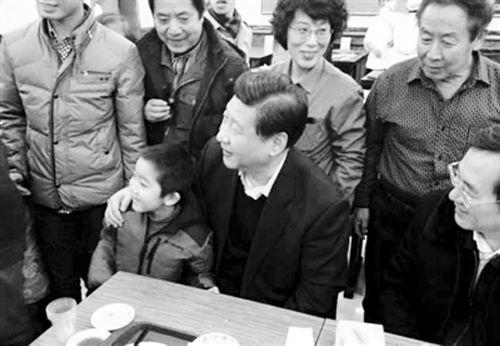 男童包子铺与习近平合影 成幼儿园明星(图)