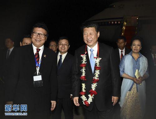 习近平抵达雅加达出席万隆会议60周年纪念活动