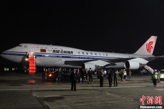 """习近平抵印尼新时期亚非合作期待""""中国主张"""""""