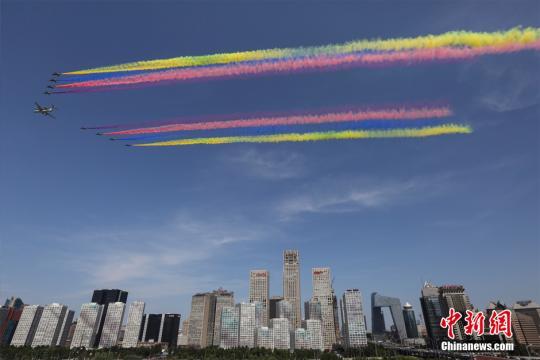 今年前十个月北京空气达标天数同比增加一个月