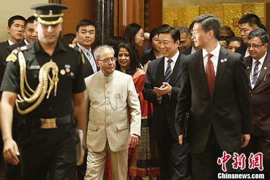 李源潮出席欢迎印度总统慕克吉访华招待会