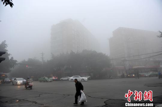 四川重污染天气应急督查加码成都一天查处露天烧烤685处