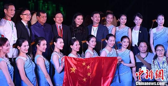中国-东盟联合文化展演在柬埔寨举行