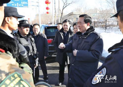 陈全国:全力确保大局和谐稳定各族群众生命财产安全