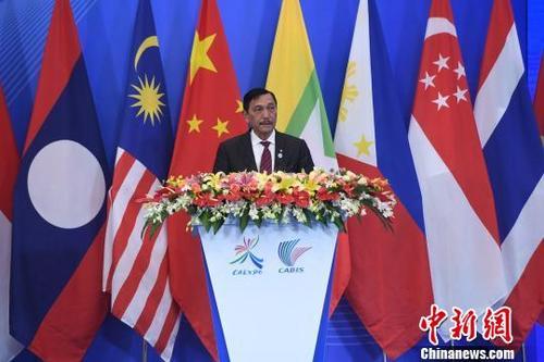 印度尼西亞總統特使、海洋統籌部部長盧胡特?!∮峋浮z