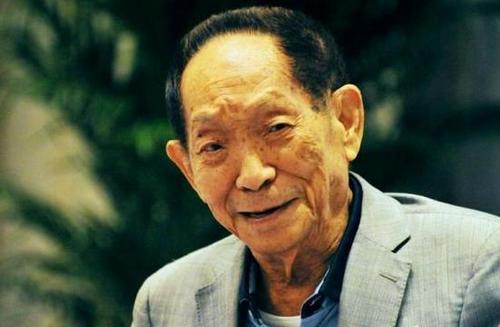 """追忆""""杂交水稻之父""""袁隆平:敬业、乐观、勤俭、和蔼"""