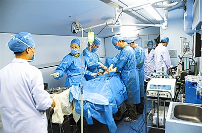 解放军野战战场方舱:信息化医院上的v战场医疗情趣绕口令图片