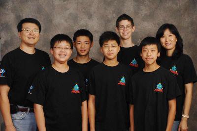 为子圆梦组队教科研 美华裔夫妇创意点子全球拿奖
