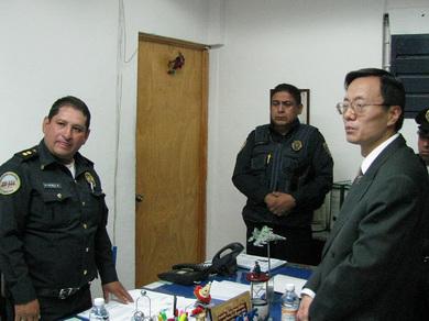 墨西哥华商遭歹徒枪击抢劫 中使馆向警方交涉