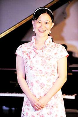 """旅美华裔作曲家李昕艳获""""2011国际杰出作曲奖"""""""