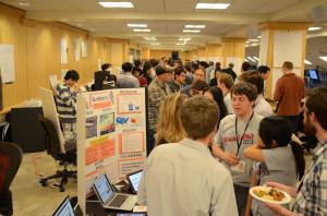 美国斯坦福大学办虚拟创业大赛吸引华人学生参与
