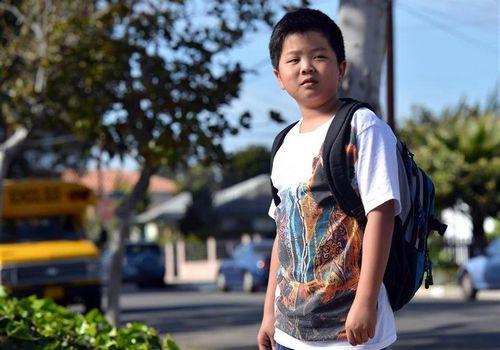 从大都市移居郊区美华裔家庭变迁将拍电视剧(图)