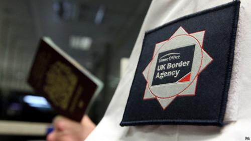 英国国家统计局:净移民数显著上升 增至近25..