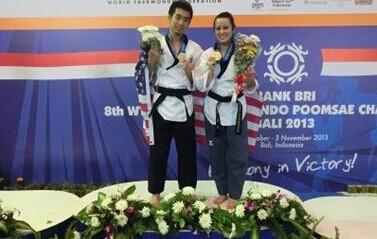 美华裔坚持训练12年五入美国跆拳道国家队终摘金