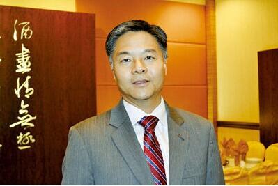 美中期选举华裔参政军团精英辈出望实现两大突破