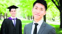 澳洲华裔毕业生开拓出售毕业袍业务 打破大学垄断