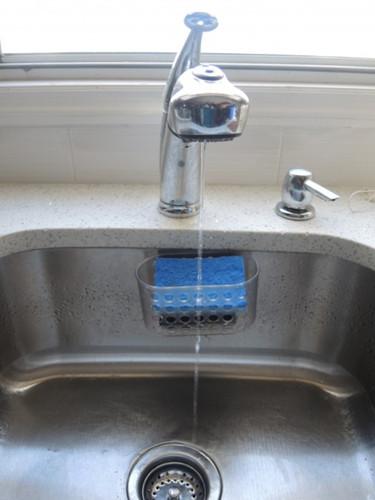 纽约房屋水管爆裂频发华人多为省钱不开暖气酿灾