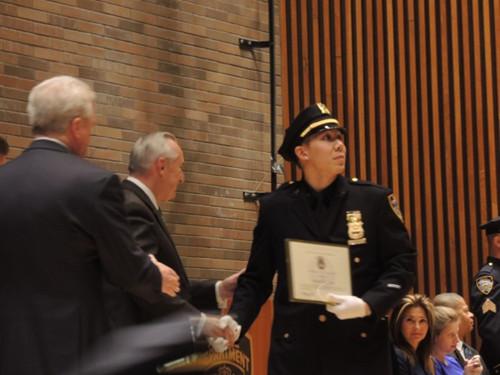 纽约市警总局举行晋升典礼5名华裔警员获得晋升