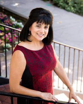 美圣盖博市议员女候选人麦德妮获2华裔议员支持