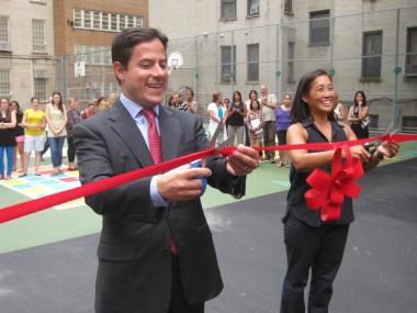 纽约华裔校长宣布取消家庭作业鼓励学生多玩耍