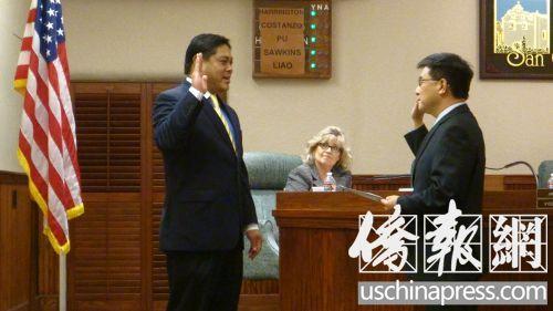 美华裔卜君毅、廖钦和宣誓就职圣盖博市长副市长