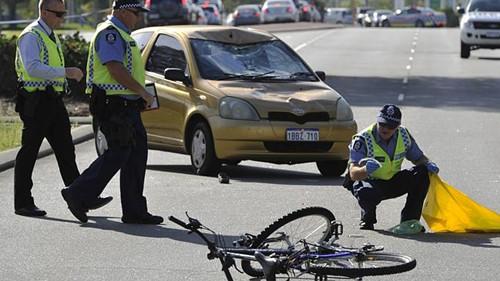 一65岁中国游客赴澳洲珀斯探亲骑山地车被撞身亡