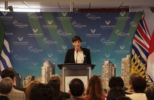 温哥华启动VIP计划助新移民融入小区(图)
