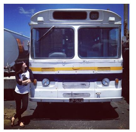 新西兰华裔女孩买下旧巴士欲改装成流动门店圆梦