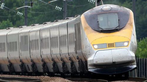 英国在港和边界实行离境护照检查打击不法移民