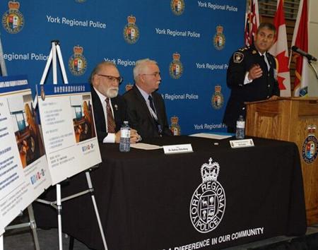 多伦多约克郡警队推中文版传单加强与新移民合作