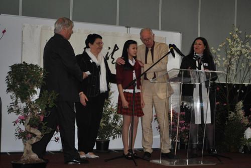 华裔女孩当选法国小城杰出青少年棋艺精湛曾夺冠