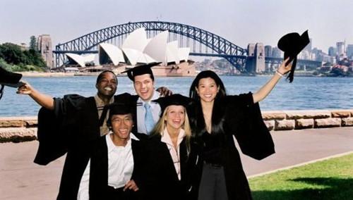 海外留学生对澳洲满意度高教育业成第4大出口业