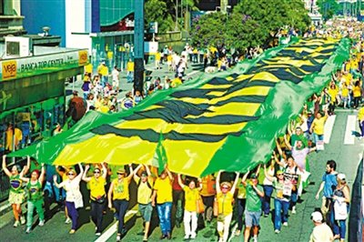 巴西通胀高企、经济低迷华商困境中怀抱希望