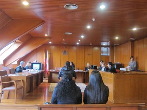西班牙专盗华人3窃贼系非法滞留被判4年有期徒刑