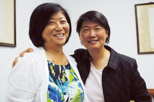 美国两名华裔母亲吁华人登记选民参与美国政治