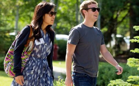 """""""脸书""""掌门人与华裔妻子捐款资助无证移民学生"""