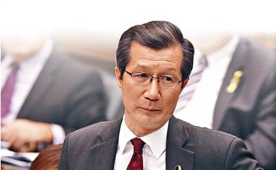 """加华裔官员被指与中国""""走得太近""""发公开信抗议"""