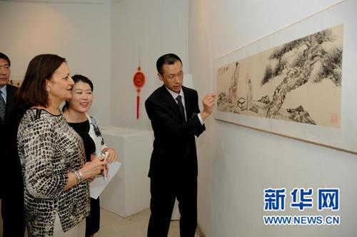 画家刘波在突尼斯举办作品展展示中国艺术和哲学